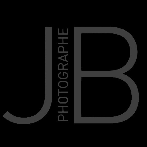 Julie Beauchemin – Photographe Retina Logo